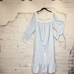 Victoria's Secret Intimates & Sleepwear - 💗 Victoria's Secret 💗Romantic Vintage Nightgown